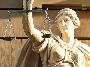 justitia-421805